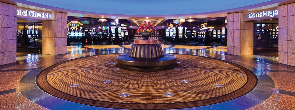 4053 lcb 738k b3 tgq 2 slot machine hall