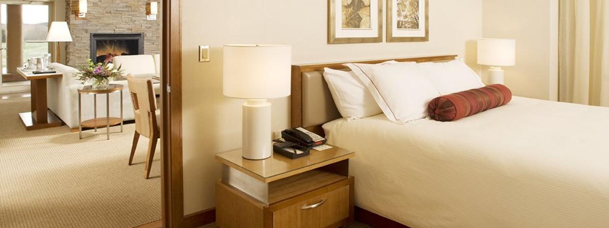 3729 lcb 453k wx kab 4 hotel room